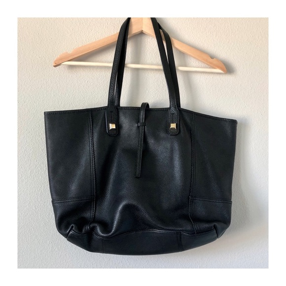 Stella & Dot Handbags - LIKE NEW | Stella & Dot Leather Paris Market Tote